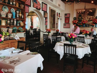 The Ivy ロサンゼルス・ビバリーヒルズのセレブ用高級レストラン!値段にびっくり