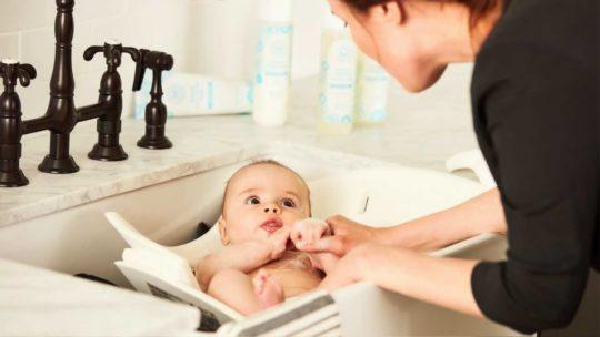 アメリカ出産での赤ちゃんのお風呂の入れ方